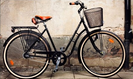 medium_monocle bike